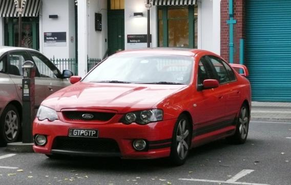 Une rare Falon GTP…modèle développé par prodrive et avec le V8!